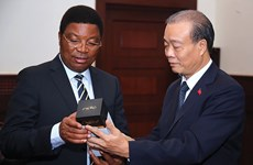 Le Vietnam et la Tanzanie se tournent vers un avenir meilleur