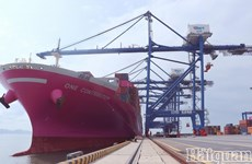 Le port maritime international de Hai Phong accueille un porte-conteneur de 90.000 tonnes