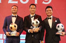 Football : Dô Hung Dung remporte le Ballon d'Or du Vietnam 2019