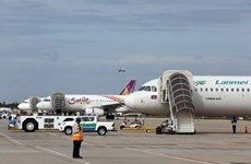 Le Cambodge interdit temporairement les vols de Malaisie et d'Indonésie