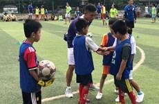 Football: la FCSA aide à la formation d'entraîneurs amateurs vietnamiens