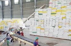 Le Vietnam exporte plus de 5,7 millions de tonnes de riz en onze mois