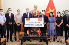 COVID-19 : soutiens précieux de Vietnamiens d'outre-mer et d'amis étrangers