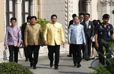 Thaïlande : quatre ministres démissionnent pour préparer les élections