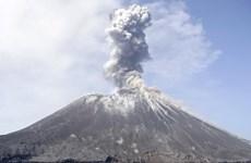 L'Indonésie installera un système d'alerte précoce aux tsunamis près du mont Krakatau