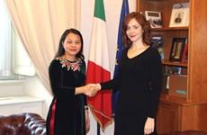 Une délégation de l'Union des femmes vietnamiennes en visite en Italie