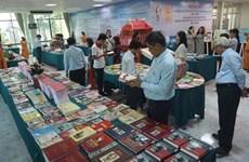 Exposition de livres « Cinquante ans d'exécution du testament du Président Hô Chi Minh »