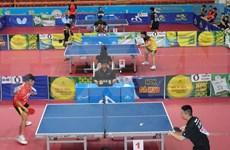 """Ouverture du 33e tournoi international de ping-pong """"Raquette d'or"""" à Hô Chi Minh-Ville"""
