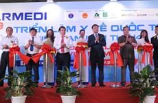 Ouverture de la 14e exposition internationale sur la médecine du Vietnam