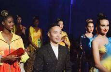 """Des """"ao dai"""" présentés à la New York Couture Fashion Week 2019"""