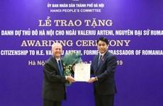 L'ancien ambassadeur de Roumanie au Vietnam à l'honneur