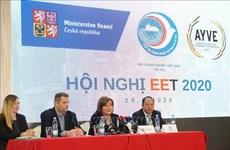 Un vice-PM tchèque apprécie le respect de la loi des entreprises vietnamiennes