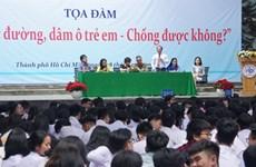 Hô Chi Minh-Ville : plus de 2000 élèves à un débat sur la non-violence