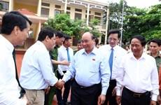 Le PM Nguyen Xuan Phuc à l'écoute des électeurs de la ville de Hai Phong