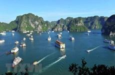 Cérémonie pour honorer la double reconnaissance de la baie d'Ha Long par l'UNESCO