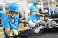 Crise sanitaire: travailleurs et employeurs reçoivent des aides