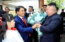 Le convoi transportant le président Kim Jong-un est arrivé à Hanoi