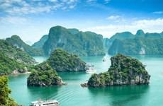 La baie d'Ha Long parmi les merveilles naturelles du monde