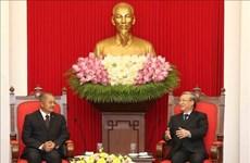 Tran Quoc Vuong reçoit une délégation du Parti populaire révolutionnaire du Laos