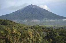 L'Indonésie émet un avertissement de vol lors de l'éruption du volcan sur l'île de Sumatra