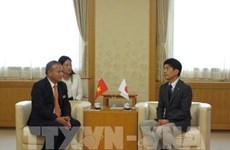 Le gouverneur de Gunma (Japon) s'engage à soutenir les Vietnamiens