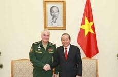 Le vice-Premier permanent Truong Hoa Binh reçoit le vice-ministre russe de la Défense
