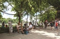 Le lac Hoàn Kiêm fait peau neuve