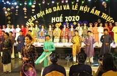 Clôture de la fête de l'« Ao dài » et du festival gastronomique de Huê 2020