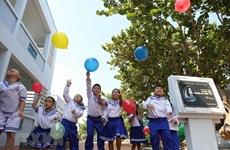 Les petits enfants, futurs citoyens sur l'achipel de Truong Sa