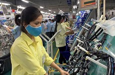 Vinh Phuc soutient les établissements de production industrielle pour améliorer leur productivité