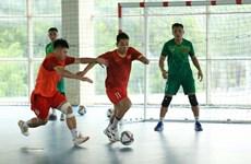 Coupe du monde de Futsal 2021 : L'équipe vietnamienne impressionne avant la phase finale