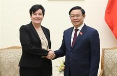 IFC apprécie les opportunités d'investissement financier au Vietnam