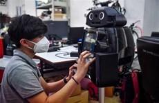 COVID-19 : la Thaïlande développe des robots médicaux