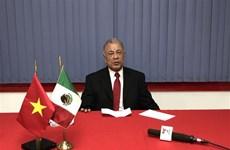 Un homme politique mexicain apprécie l'article du SG Nguyen Phu Trong sur le socialisme au Vietnam