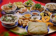 Printemps au pays natal 2020: Des plats traditionnels du Têt séduisent des Viêt kiêu