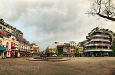 COVID-19: Des lieux touristiques célèbres à Hanoï désertés