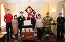 COVID-19 : 135.000 masques antibactériens remis au Royaume-Uni et à la République d'Irlande