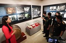 Ouverture de l'exposition «Révolution d'Août - Étape historique» à Hanoï