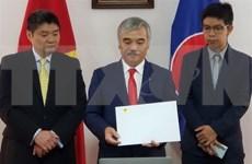 Le Vietnam et le Panama cherchent à renforcer la coopération bilatérale