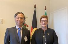 La ministre australienne des Affaires étrangères et du Commerce reçoit l'ambassadeur du Vietnam