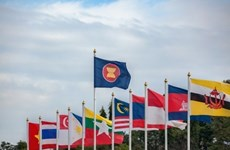 Comment le Vietnam conduit l'ASEAN à surmonter les défis causés par le COVID-19?