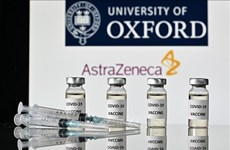 COVID-19 : le premier lot de vaccin AstraZeneca arrive au Vietnam