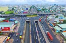 Transport : Ho Chi Minh-Ville nécessite 96.000 milliards de dongs investis dans 15 projets clés