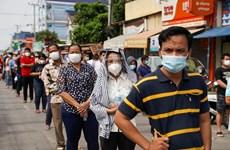 Le gouvernement cambodgien décide de lever le verrouillage à Phnom Penh et Takhmao