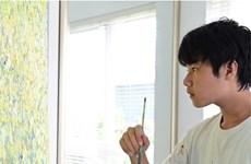 Le peintre de 14 ans Xeo Chu collecte 130.000 dollars pour la lutte contre le COVID-19