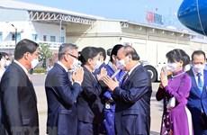 La presse lao couvre la visite d'amitié officielle du président Nguyen Xuan Phuc