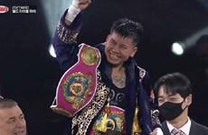 La boxeuse Nguyen Thi Thu Nhi remporte la première ceinture mondiale WBO pour le Vietnam
