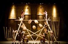 Des villages vietnamiens reconstitués à travers un spectacle de cirque