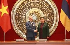 Intensification des relations Vietnam-Arménie