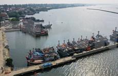 Le Vietnam se prépare à l'arrivée du typhon Phanfone
